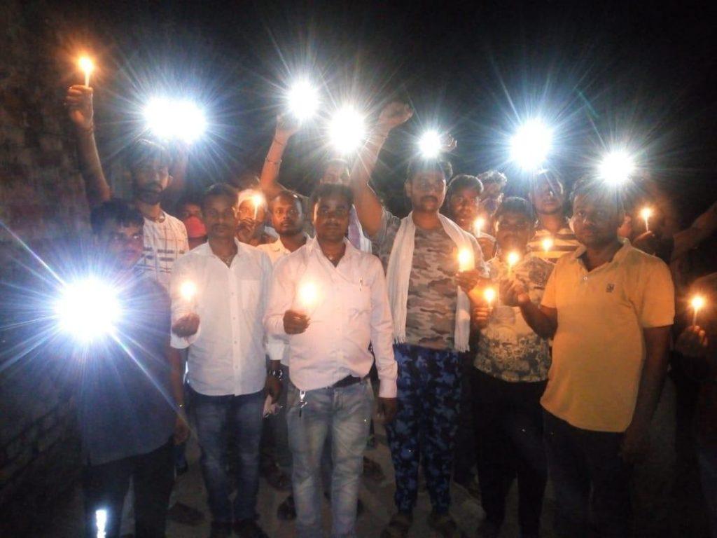 Why Akhilesh Yadav & Congress appeal for Power Shutdown at 9 Sept 9 Pm, 9Min