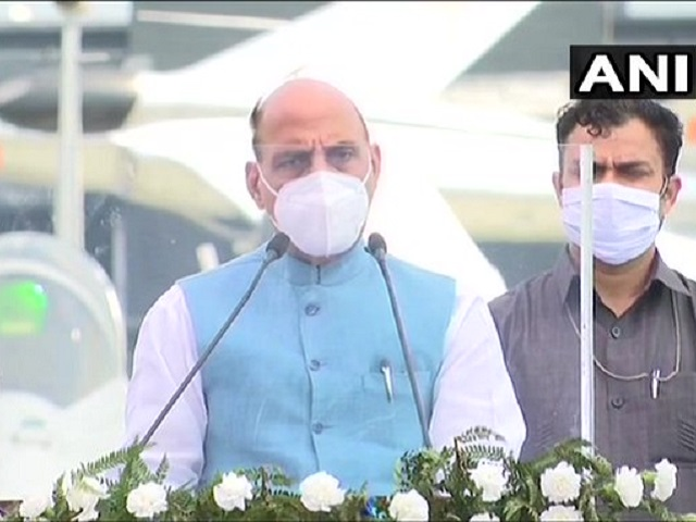 Rajnath Singh Welcomed the Rafale aircraft.